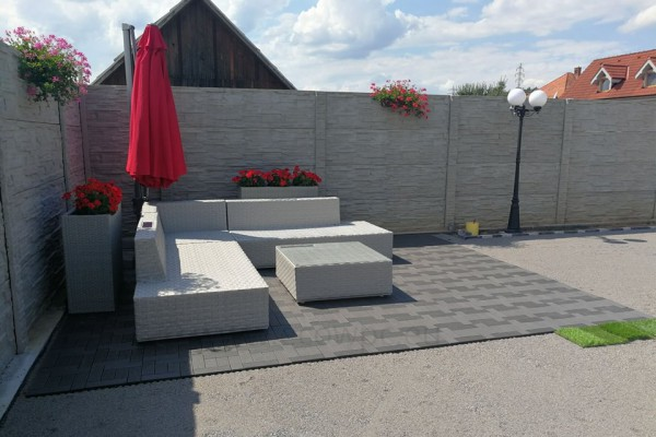 ecowpc-dlazdice-tiles-terasa-terrace444B72B24-44D2-4BBD-89EC-9C0C1EDE7FCC.jpg